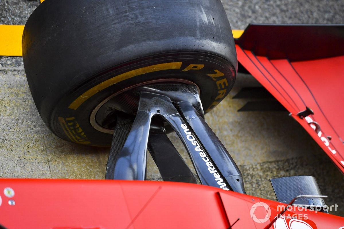 Ferrari, dettaglio della sospensione frontale