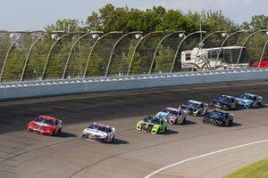 Kevin Harvick, Stewart-Haas Racing, Ford Mustang Busch Light Apple, Denny Hamlin, Joe Gibbs Racing, Toyota Camry FedEx Ground