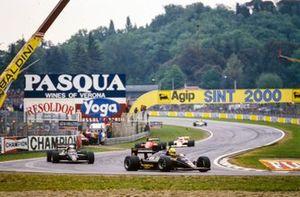 Ayrton Senna, Lotus 97T Renault, Elio de Angelis, Lotus 97T Renault, Stefan Johansson, Ferrari 156/85, y Alain Prost, McLaren MP4-2B TAG