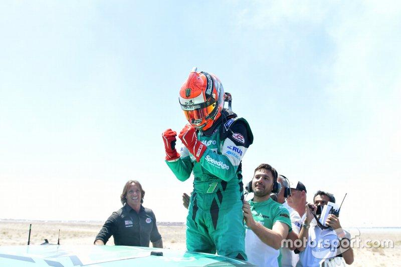 Campeón Agustín Canapino, Canapino Sports celebra