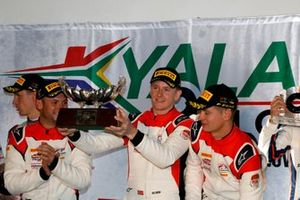 Podium: Winner #31 Frikadelli Racing Team Porsche 911 GT3 R: Dennis Olsen, Mathieu Jaminet, Nick Tandy