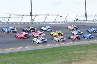 Three-Wide-Racing in Daytona