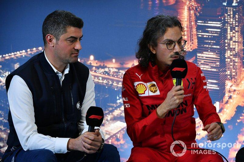 Michael Masi, Director de Carrera y Laurent Mekies, Director Deportivo de Ferrari en la conferencia de prensa