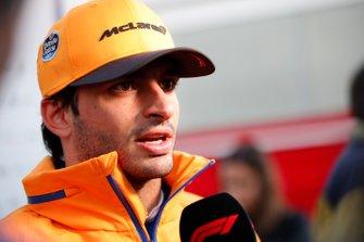 Carlos Sainz, McLaren talks to the press