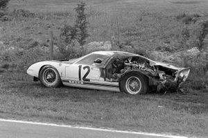 Feuer: Richard Attwood, Jo Schlesser, Ford GT40