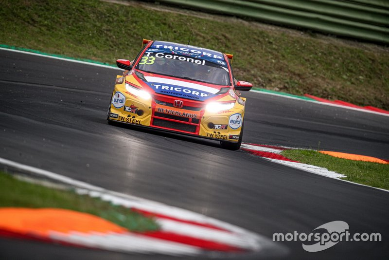#33 NLD Boutsen Ginion Racing Honda Civic FK7 TCR: Tom Coronel
