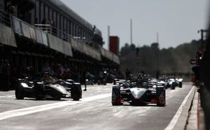 Daniel Abt, Audi Sport ABT Schaeffler, Audi e-tron FE06 Jean-Eric Vergne, DS TECHEETAH, DS E-Tense FE20 out of the pit ane