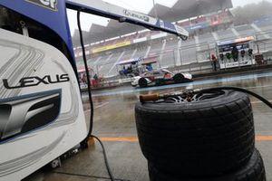 Hankook Wet tire