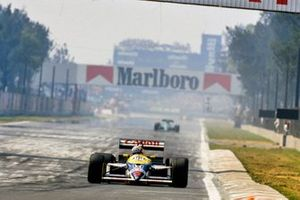 Nigel Mansell, Williams FW11B Honda, voor Ivan Capelli, March 871 Ford