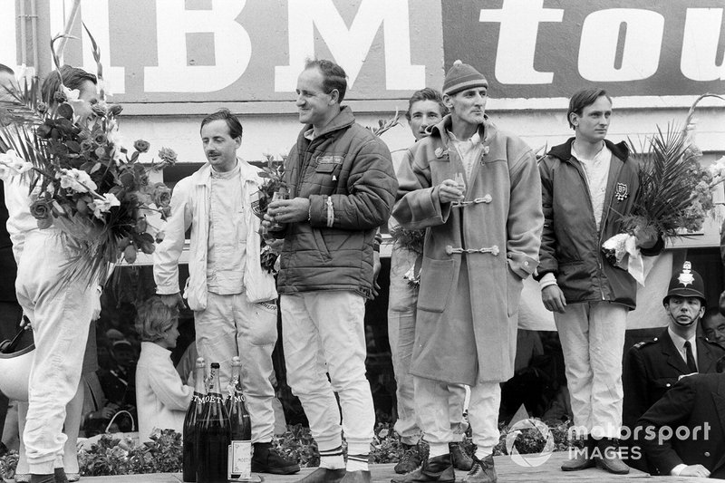 Bruce McLaren and Chris Amon, 1st position, Denny Hulme and Ken Miles, 2nd position, and Colin Davis and Jo Siffert, 1st position P2.0 class