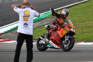 Ganador Brad Binder, KTM Ajo