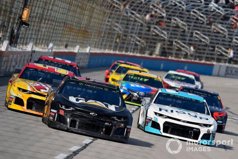 Daniel Hemric, Richard Childress Racing, Chevrolet Camaro Cat Dozers