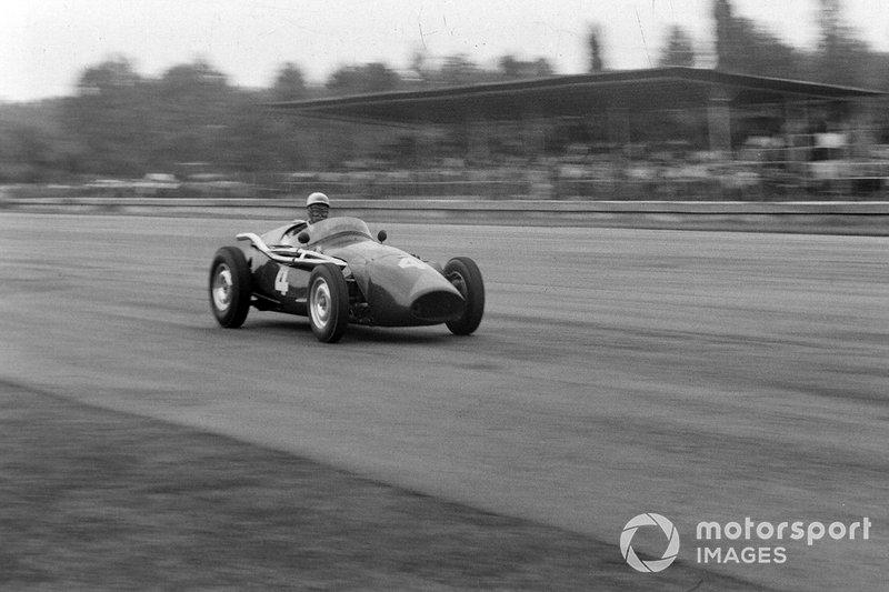 6. Ron Flockhart, Connaught B Alta: del 23º al 3º en el GP de Italia 1956