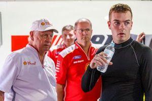 Scott McLaughlin, DJR Team Penske Ford, mit Dick Johnson