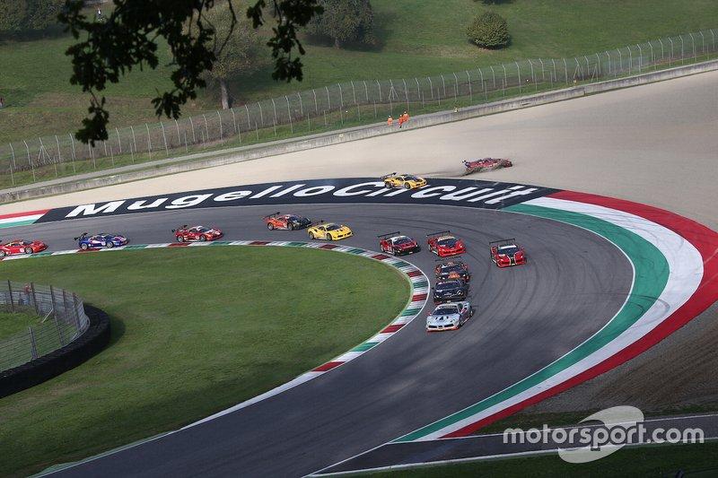 Track action with #363 Ferrari 488 Challenge, Cauley Ferrari of Detroit: Jay Schreibman, going off track
