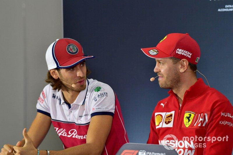 Antonio Giovinazzi, Alfa Romeo Racing e Sebastian Vettel, Ferrari, in conferenza stampa