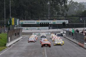 Largada da Stock Car no Velopark