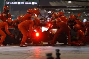 Carlos Sainz Jr., Ferrari SF21, in the pits during FP2