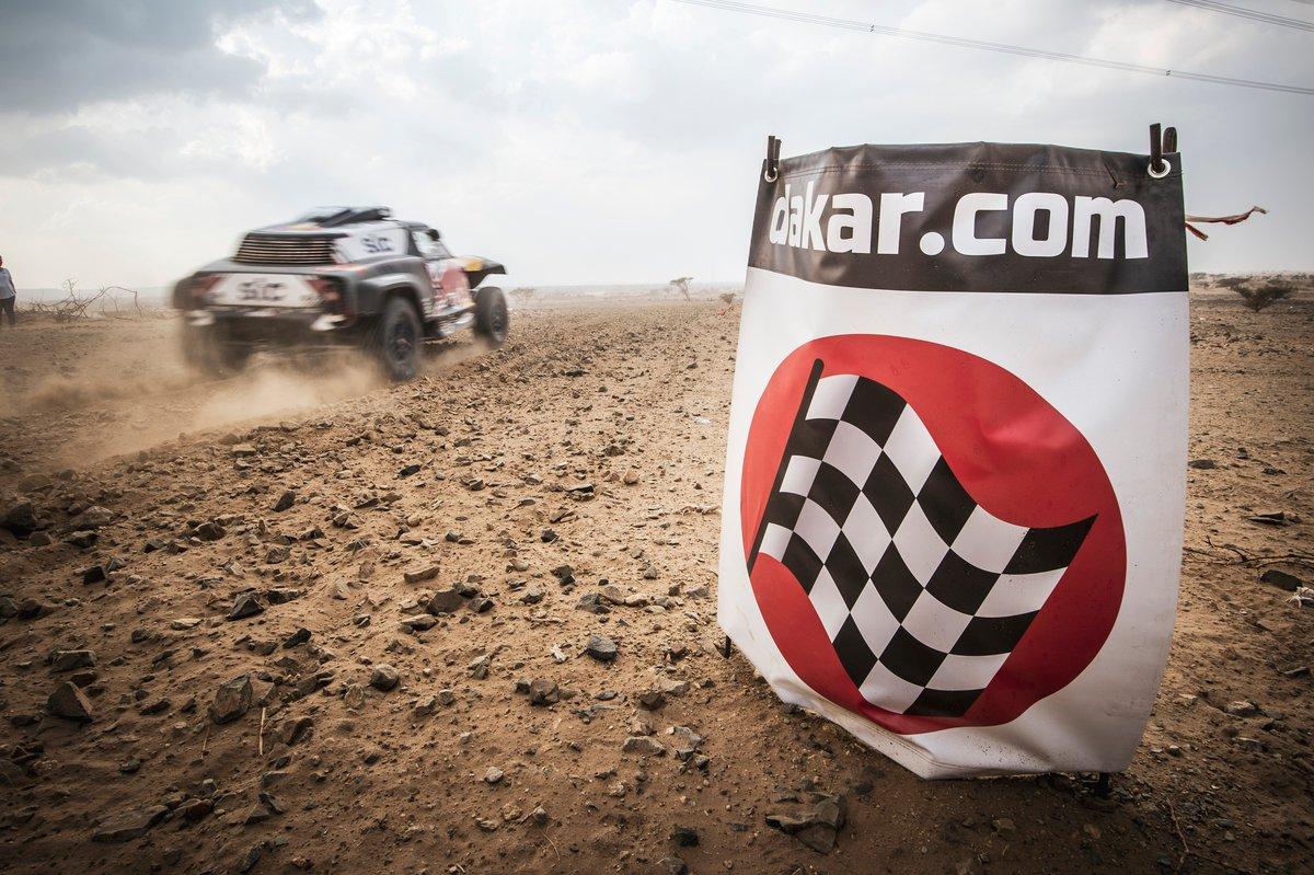 Salida del shakedown del Dakar 2021