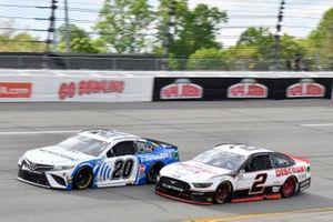 Christopher Bell, Joe Gibbs Racing, Toyota Camry Sirius XM, Brad Keselowski, Team Penske, Ford Mustang Discount Tire