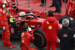 Charles Leclerc, Ferrari SF21,