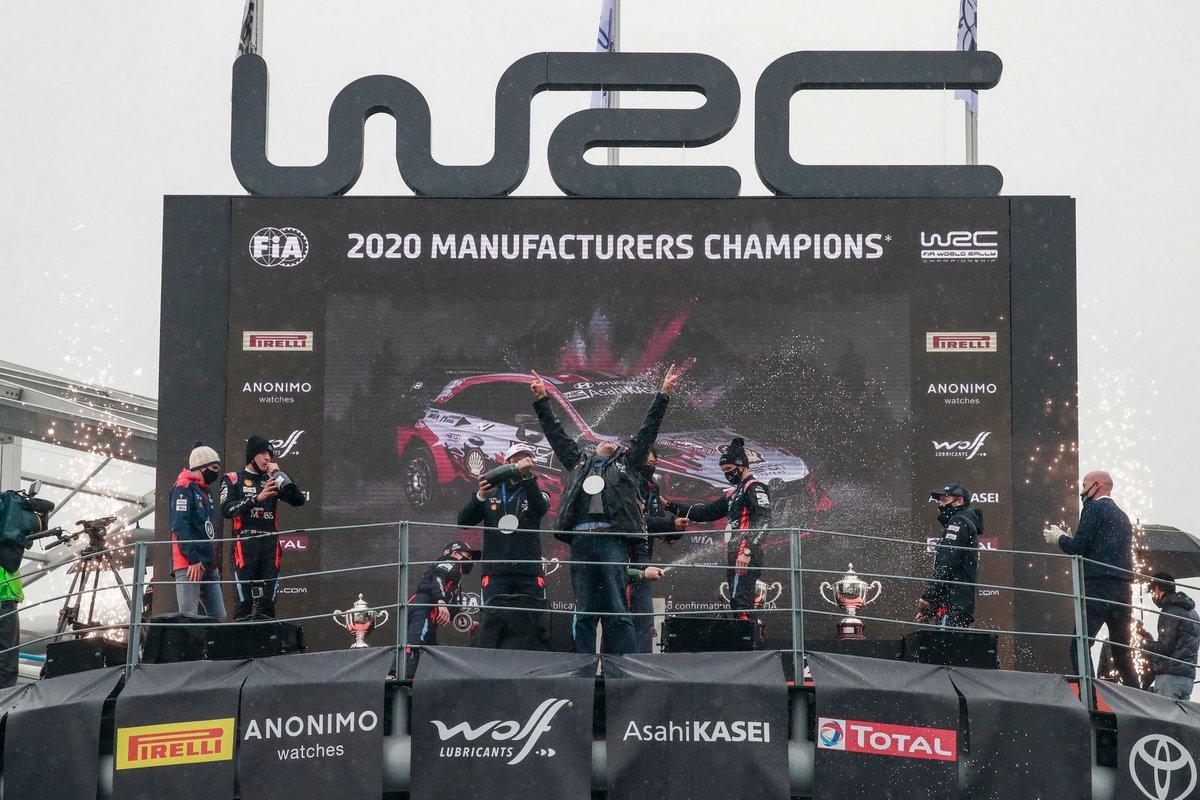Podio: Hyundai Motorsport campeón de constructores