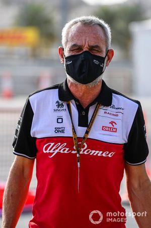 A member of the Alfa Romeo team