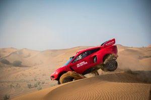 Decoración del Bahrain Raid Xtreme T1 Hunter