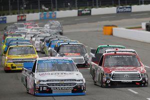 Kyle Benjamin, DGR-Crosley, Toyota Tundra CROSLEY BRANDS / DGR CROSLEY, Johnny Sauter, GMS Racing, Chevrolet Silverado ISM Connect
