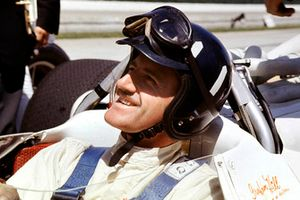 Graham Hill, Lola T90 Ford, winner