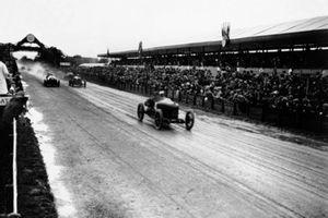 Felice Nazzaro, Fiat 804, Ernest Friderich, Bugatti 30, Clive Gallop, Aston-Martin GP