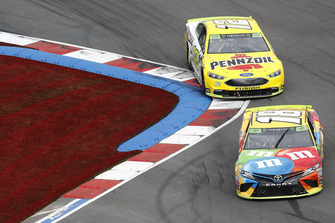 Kyle Busch, Joe Gibbs Racing, Toyota Camry M&M's Ryan Blaney, Team Penske, Ford Fusion Menards/Pennzoil