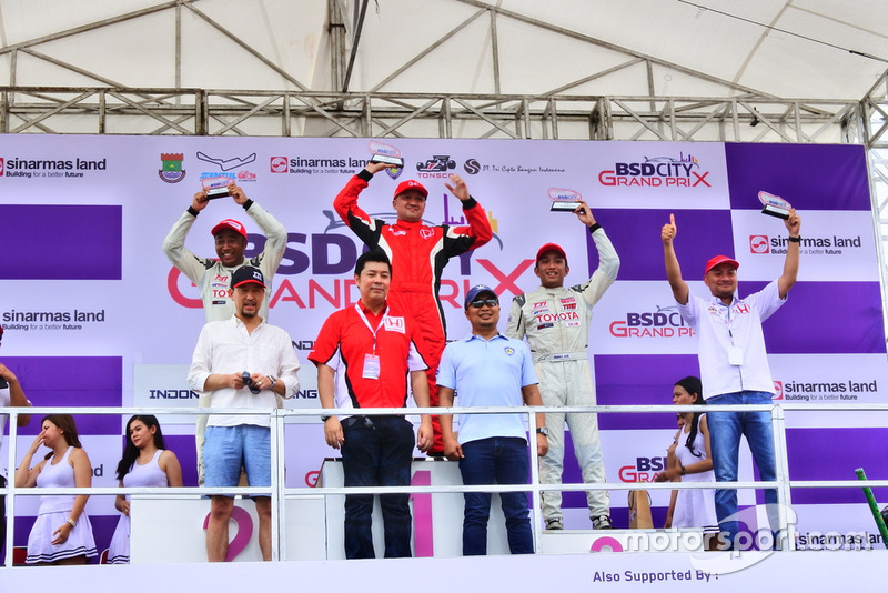 Podium: 1. Alvin Bahar, Honda Racing Indonesia, 2. Haridarma Manoppo, Toyota Team Indonesia, 3. Demas Agil, Toyota Team Indonesia