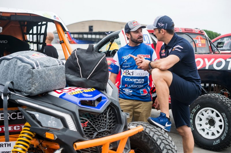 #360 Can-Am: Francisco Lopez Contardo, #308 X-Raid Mini JCW Team: Cyril Despres