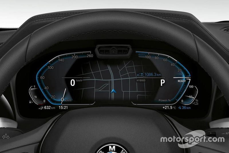 BMW 330e iperformance 2019 року