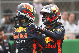 Polesitter Daniel Ricciardo, Red Bull Racing, second place Max Verstappen, Red Bull Racing