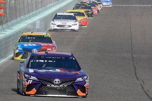 Denny Hamlin, Joe Gibbs Racing, Toyota Camry FedEx Express, Kyle Busch, Joe Gibbs Racing, Toyota Camry M&M's, Brad Keselowski, Team Penske, Ford Fusion Discount Tire