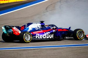 Brendon Hartley, Toro Rosso STR13, piruet