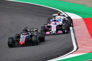 Romain Grosjean, Haas F1 Team VF-18, Sergio Perez, Racing Point Force India VJM11 et Charles Leclerc, Sauber C37