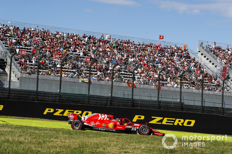 Vettel explains risky move