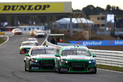 Mark Winterbottom, Prodrive Racing Australia Ford en Cameron Waters, Prodrive Racing Australia Ford