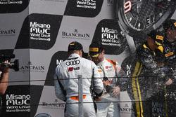 Les vainqueurs de la course en catégorie Silver, Markus Pommer, Nicolaj Möller Madsen, Audi R8 LMS, Phoenix Racing