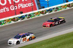 Reed Sorenson, Premium Motorsports Chevrolet, Kurt Busch, Stewart-Haas Racing Chevrolet