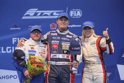 Podium: Race winner Adam Lacko, Freightliner; second place Jochen Hahn, MAN; third place Steffi Halm, MAN