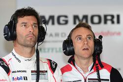#1 Porsche Team Porsche 919 Hybrid: Timo Bernhard, Mark Webber