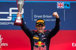 Podium: Sieger Pierre Gasly, Prema Racing