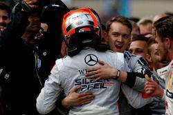 Race winner Robert Wickens (CAN) Mercedes-AMG Team HWA, Mercedes-AMG C63 DTM