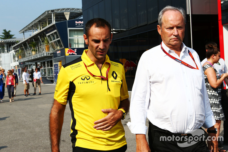(L to R): Cyril Abiteboul, Renault Sport F1 Managing Director with Jerome Stoll, Renault Sport F1 President