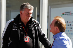 Otmar Szafnauer, Sahara Force India F1 Chief Operating Officer met Jonathan Palmer