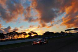 #61 Beechwood/SLR/Buildmap McLaren 650S GT3: Nathan Antunes, Elliot Barbour